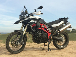 bmw f800gs essential accessories